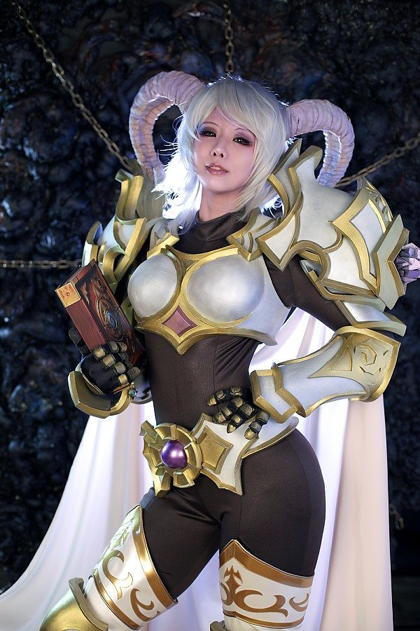 Spiral Cats Present Yrel Cosplay From World Of Warcraft Mmoexaminer